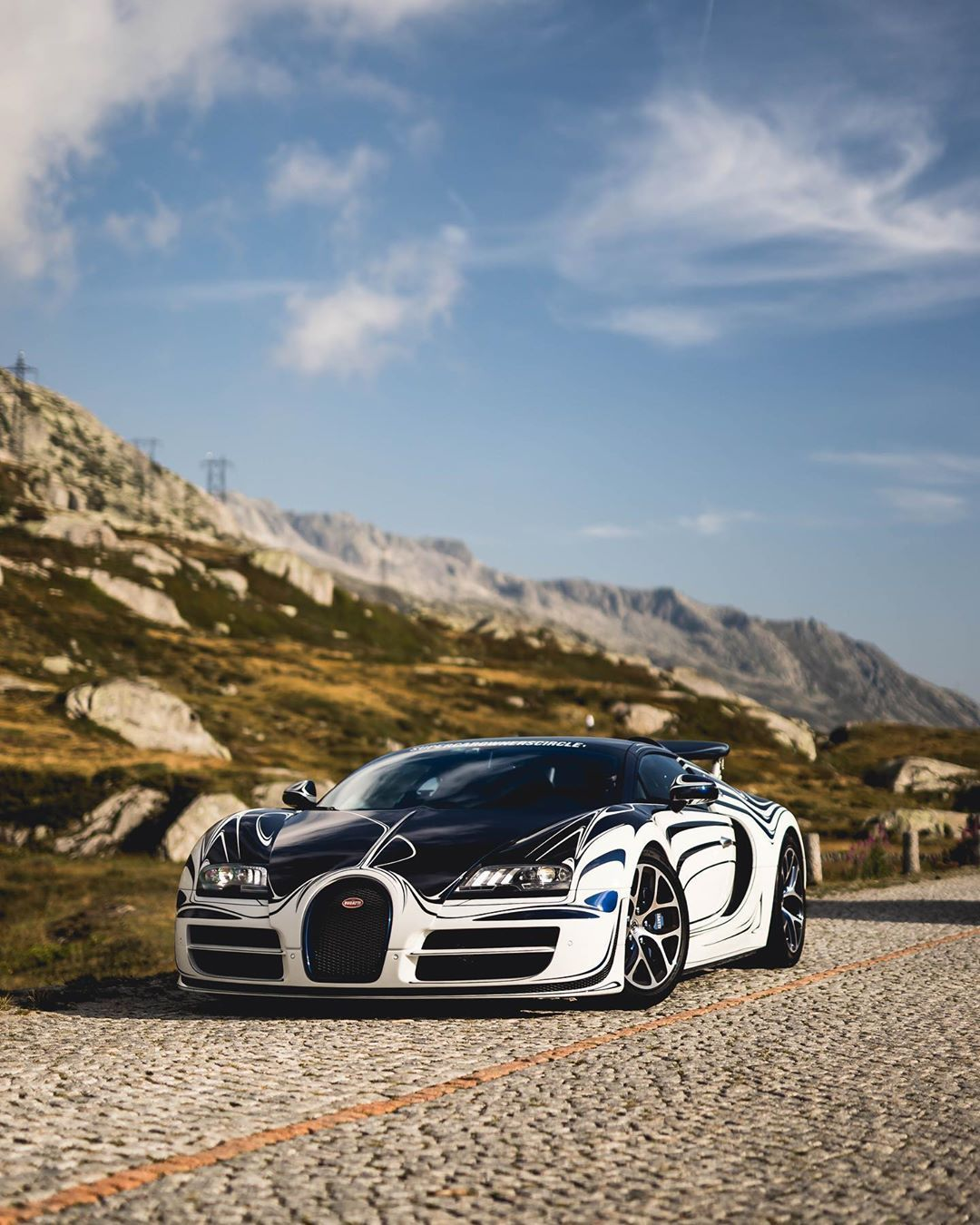 Bugatti Veyron 16.4 Grand Sport Vitesse... #bugattiveyron Bugatti Veyron 16.4 Grand Sport Vitesse... #bugattiveyron