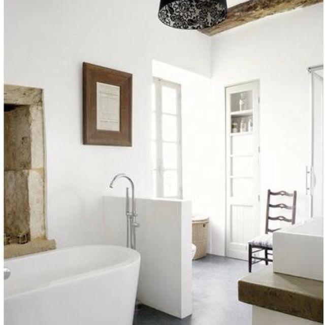 farmhouse bath in France