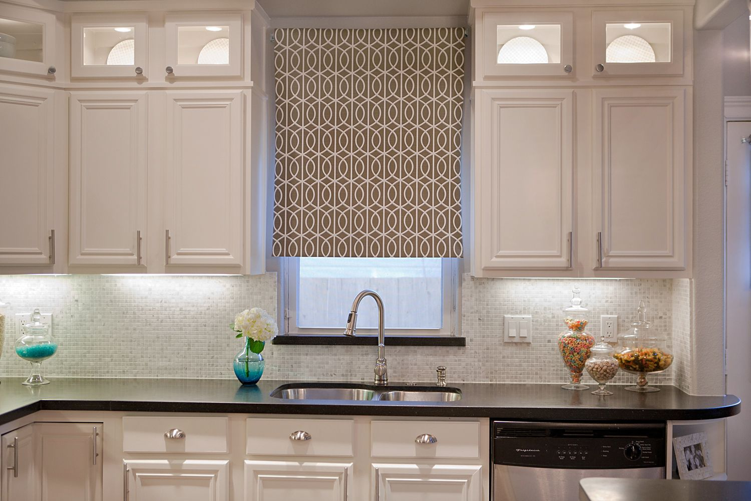 Kitchen window roman blinds  choosing the right kitchen window treatments in   home decor