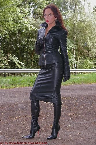 ladies in thigh high leather boots | Gommap Blog