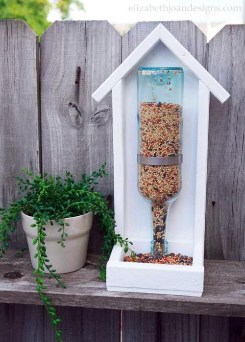 25 Best Homemade DIY Bird Feeders for All Kinds of Yards and Gardens - The Saw Guy