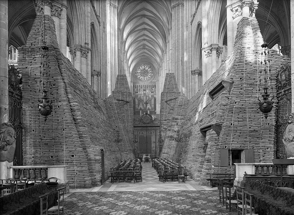 Amiens Cathedral, France during World War I, 1915
