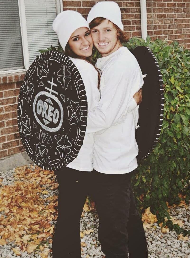 Cute Oreo couple costume Cute couple halloween costumes