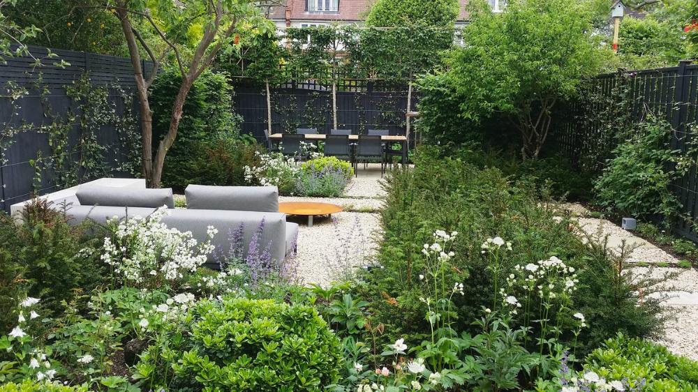 Garden Design Didsbury Google Search In 2020 Small Urban Garden Outdoor Furniture Sets Urban Garden