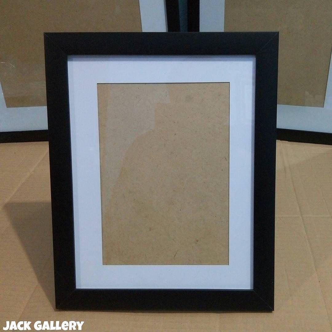 Frame Minimalis Hitam 3cm lis kertas putih 3cm. - -Untuk Foto ukuran ...