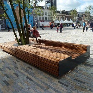 Falco B.V. (product) - Levendig plein met zitelementen en boombescherming ineen - PhotoID #153089