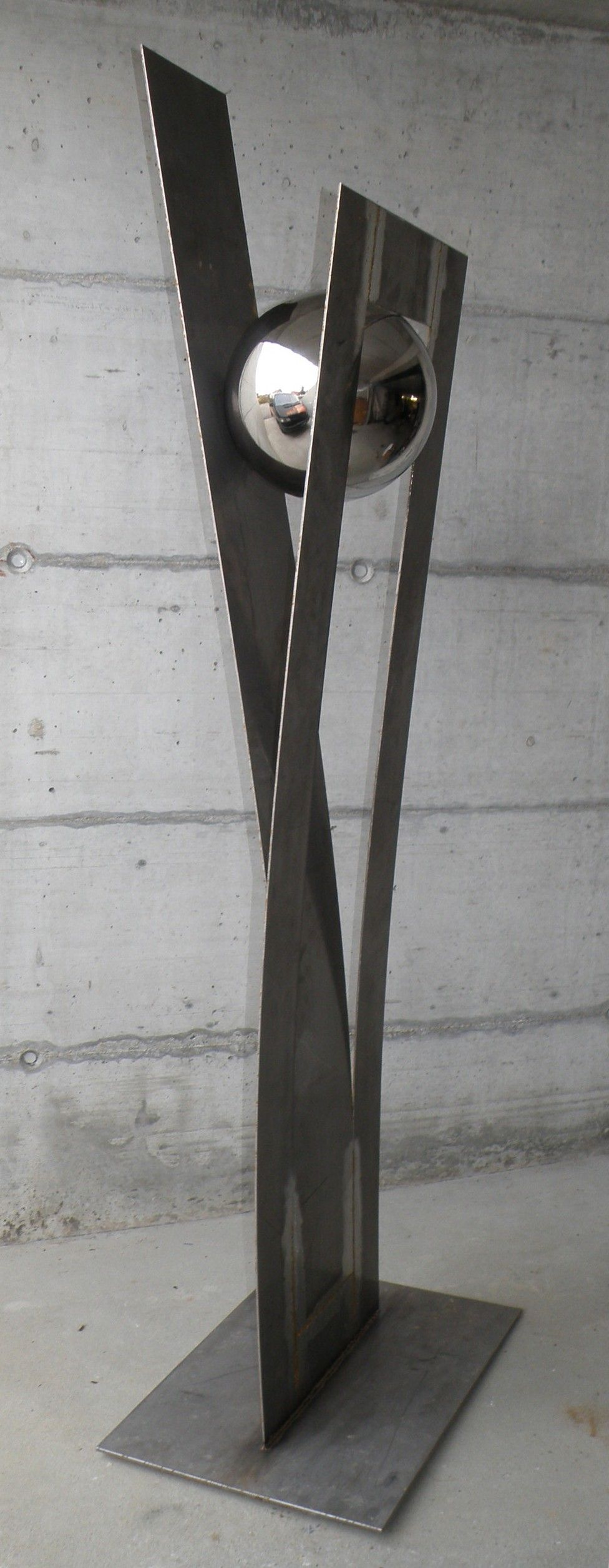25 einzigartig skulpturen garten modern gedanke haus design ideen. Black Bedroom Furniture Sets. Home Design Ideas