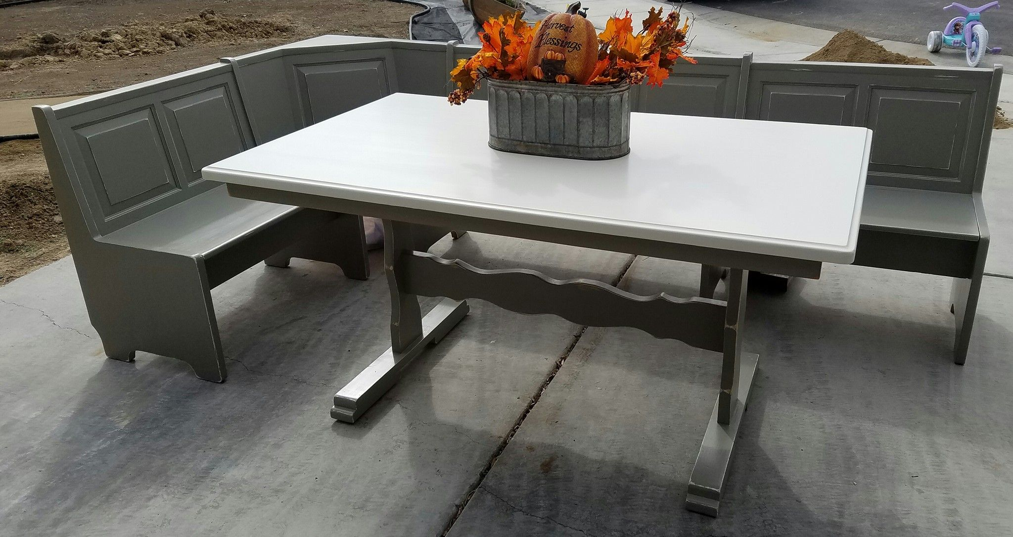 Reloved in General Finishes Empire Grey Chalk Paint and GF Antique White top. Many more years for this charmer. #generalfinishes #empiregray #antiquewhite #diningtable