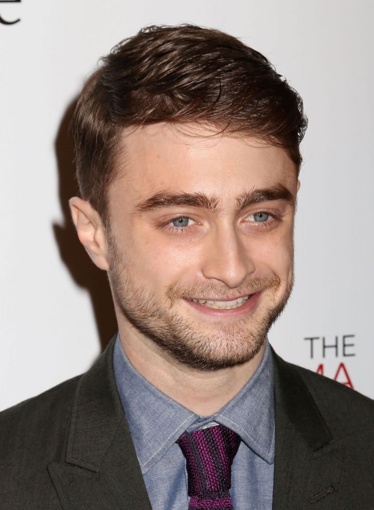 20 Selected Haircuts For Guys With Round Faces Daniel Radcliffe