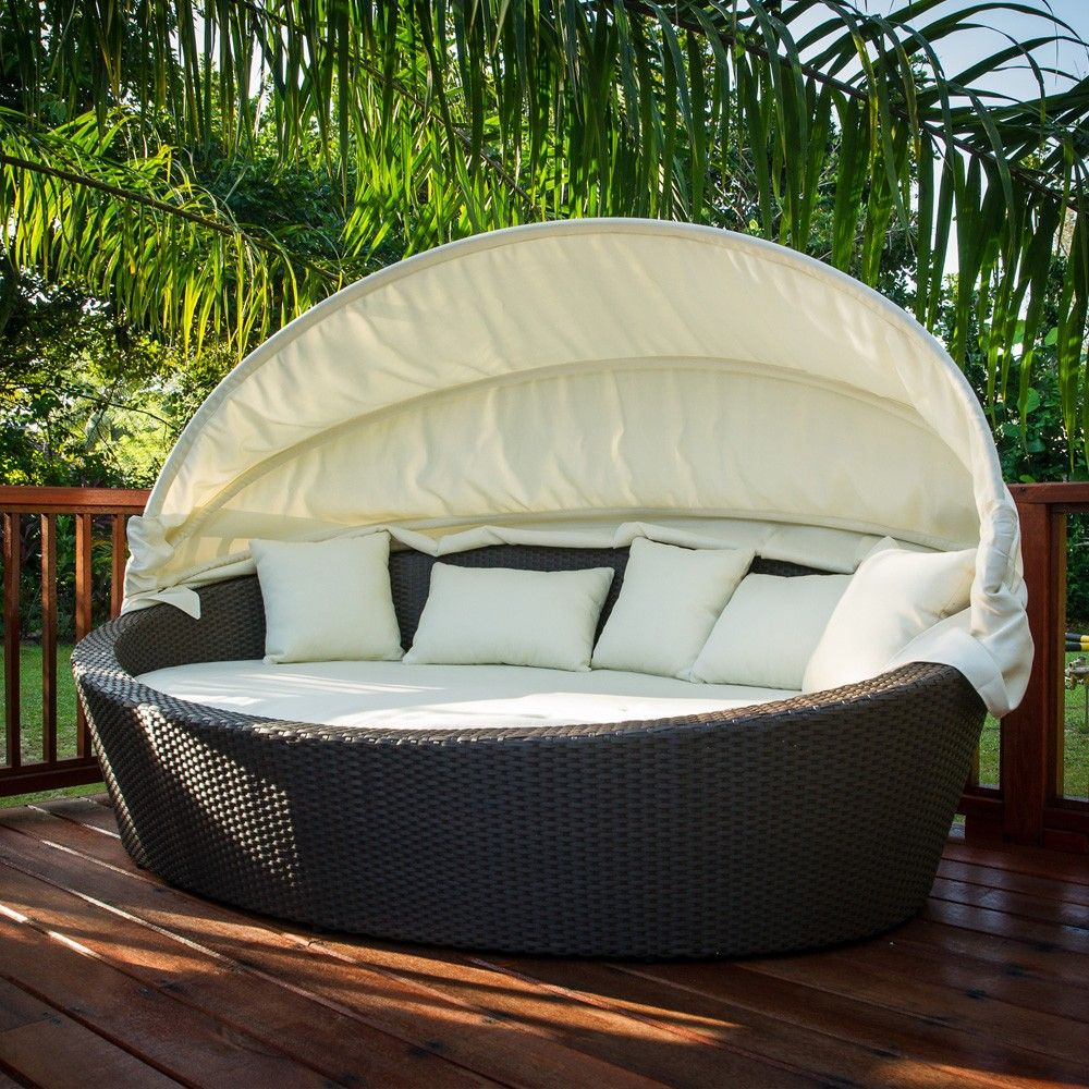 Wicker Daybed, A U201cLazy Sundayu201d Outdoor Settee : Antibes Wicker Lounge Daybed  Outdoor