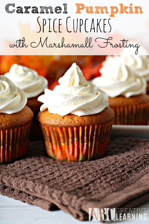 Caramel Pumpkin Spice Cupcakes with Marshmallow Frosting #pumpkinspicecupcakes