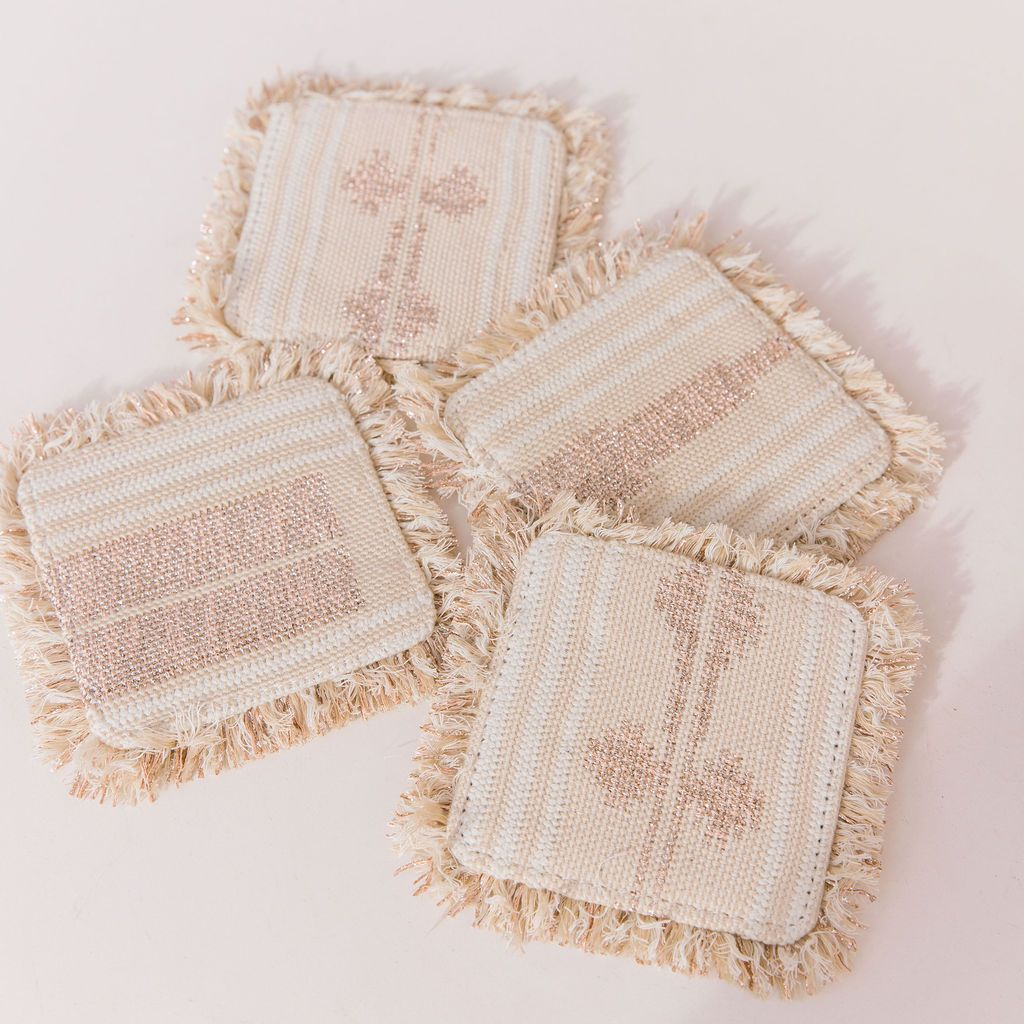 Looking for a hostess gift? These coasters are the best accessory for your coffee table! 🍹 #wkndwyfr #ootd #drinks #cocktails #bar #cocktail #mixology #drinkup #thirsty #wine #beer #love #liquor #weekend #bartender #party #coasters #homedecor #barcartstyling #homebar #cheers #happyhour #barware #spirits #cocktailinspiration #booze