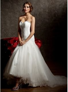 Trumpet/Mermaid Sweetheart Asymmetrical Satin Tulle Wedding Dress With Ruffle Beading