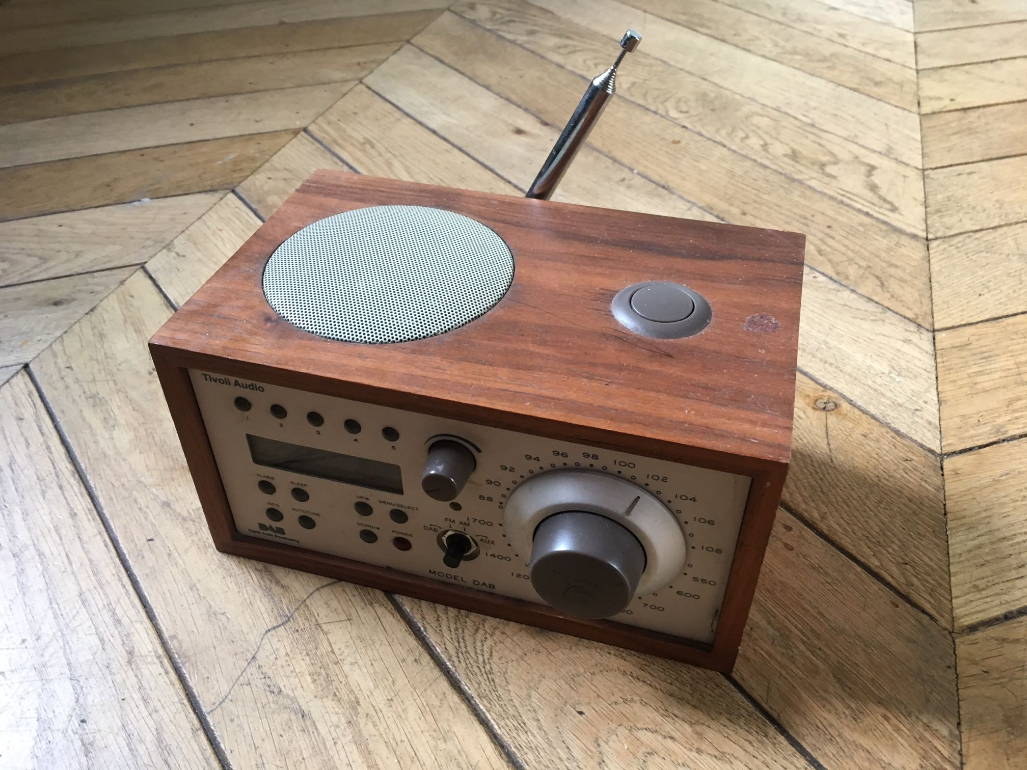 Tivoli Radio Sale Sold Tivoli Audio Dab Digital Radio With Wood Veneer Used 30