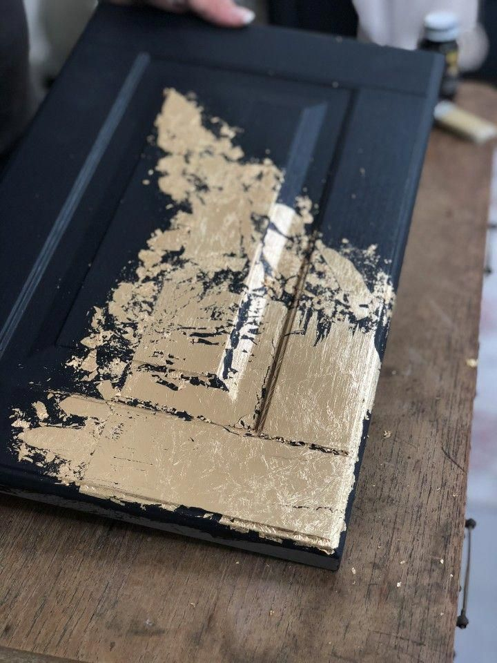 How To Apply Gold Leaf To Furniture is part of Paint furniture, Gold painted furniture, Gold furniture, Furniture painting techniques, Staining furniture, Gold leaf furniture - Gold leaf is huge right now in the furniture world and we want to share with our Fusion loves HOW to apply gold leaf to furniture painted with Fusion Mineral Paint  These tips will walk you through how to apply gold leaf