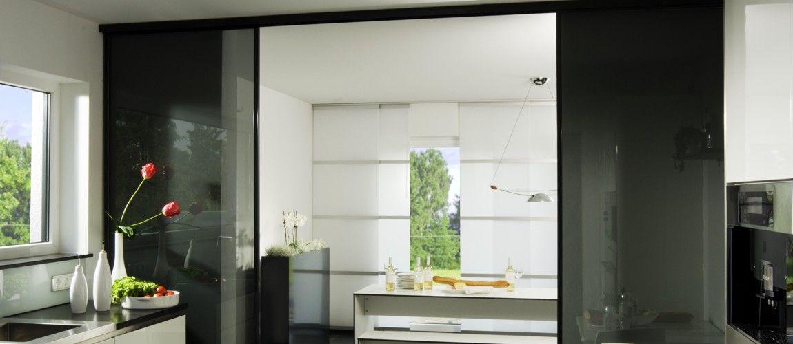 das inova schiebet r system focus mit schwarzem glas hier finden die schiebet ren eine design. Black Bedroom Furniture Sets. Home Design Ideas