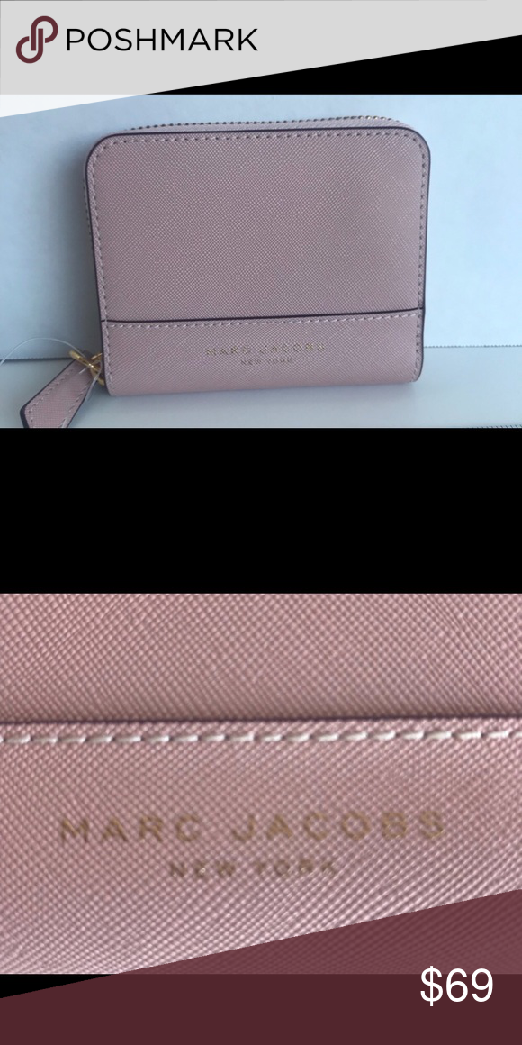 d93395d86704 Marc Jacobs Saffiano Leather Zip Wallet Super pretty color