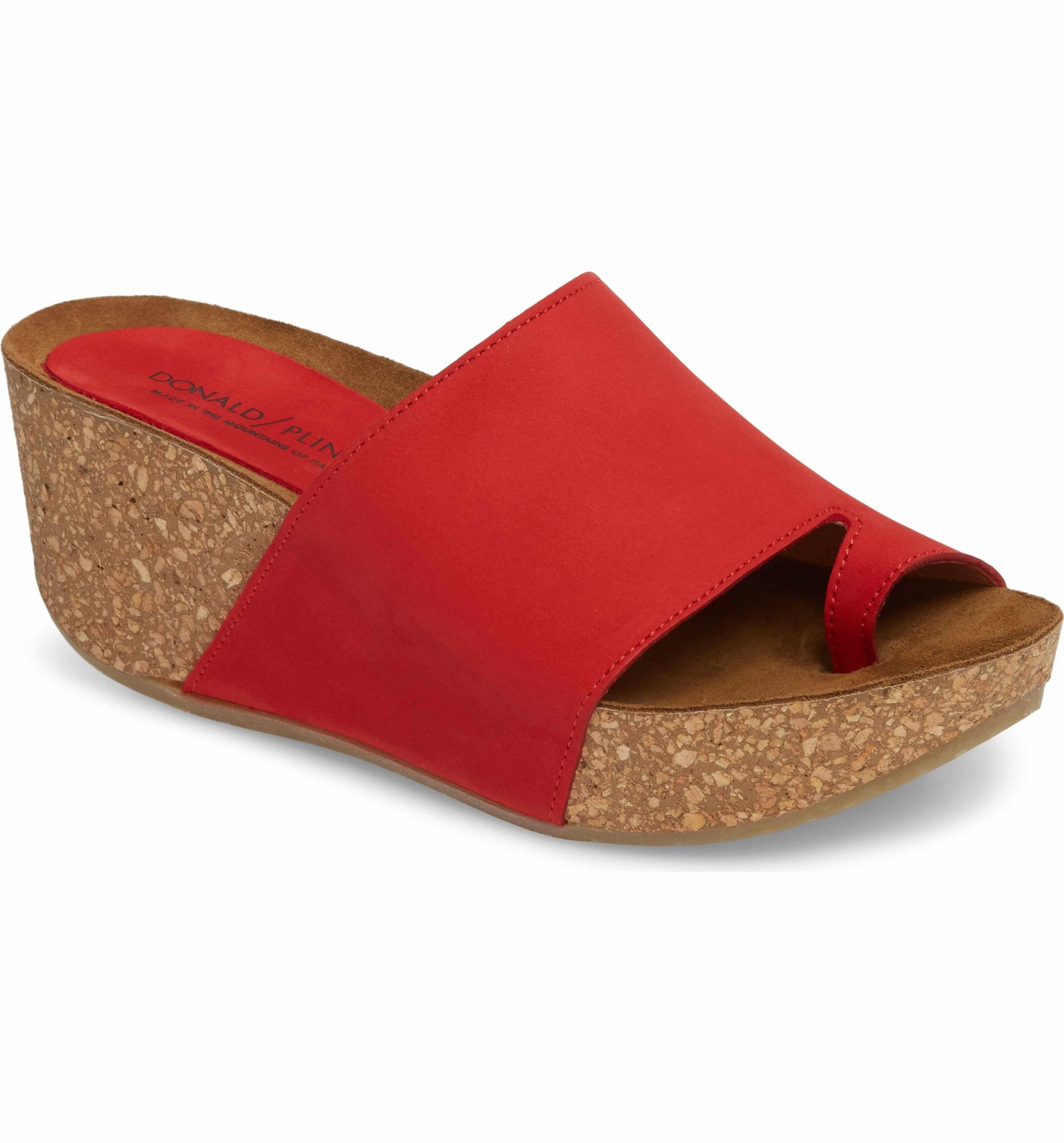 4d6ce12aa08b Donald J Pliner Ginie Platform Wedge Sandal. Listed as having 2-1 2