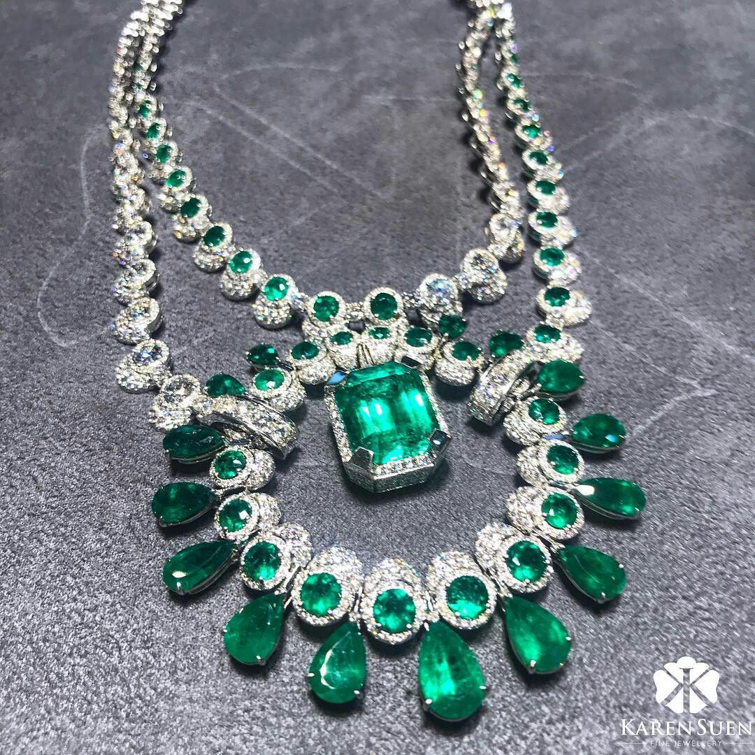 From ucenchanting emeraldud here is a statement necklace set with
