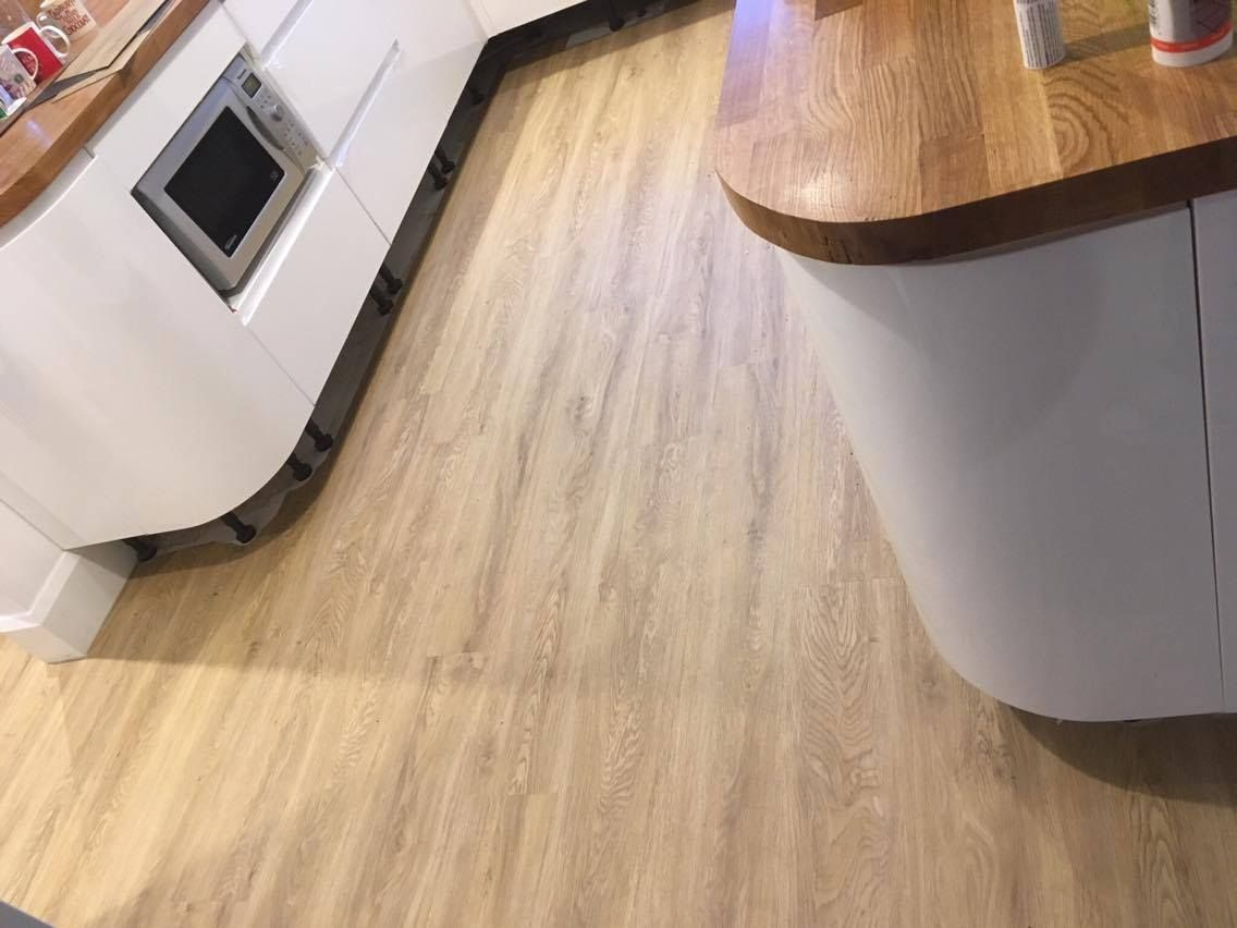 Beautiful camaro luxury vinyl tile floorings colour sienna oak beautiful camaro luxury vinyl tile floorings colour sienna oak dailygadgetfo Image collections