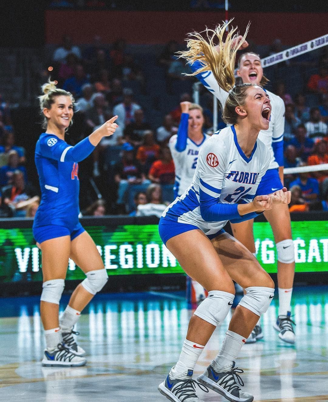 Pin By Paolo De Oca On Volleyball Shorts In 2020 Female Volleyball Players Volleyball Photography Women Volleyball