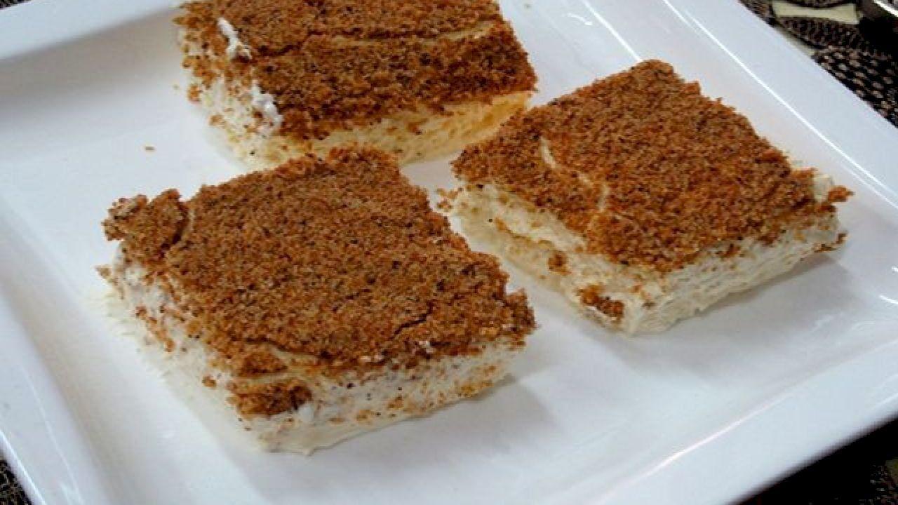 طريقة تحضير حلى تراب الملكة Arabic Food Food Arabic Sweets