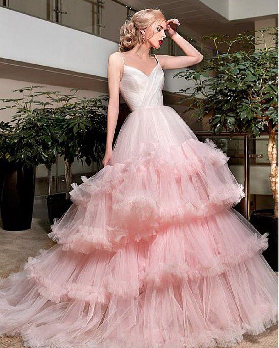 #makeup #women love this dresses ................................... ............. mesigameme siga ....
