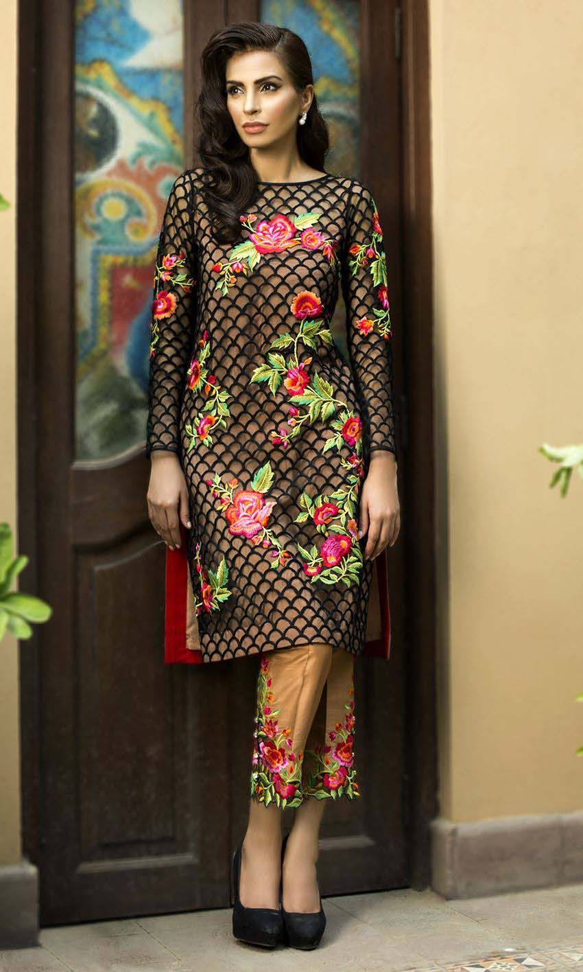 Nomi Ansari Collection 2019 Latest  Embroidery Pakistani Shalwar Kameez Suit