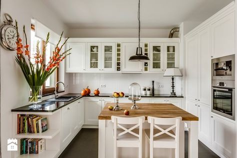 Biala Kuchnia Ikea Stat Szukaj W Google Classic Kitchen Design Kitchen Design Country Kitchen