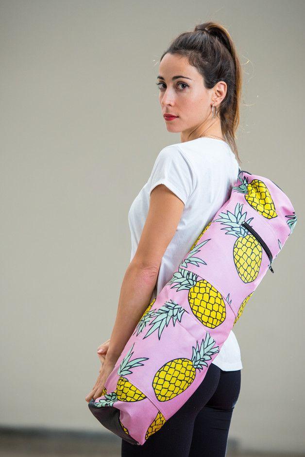 Bunte Ananas-Tasche für deine Yogamatte/ pineapple bag for your yoga ...