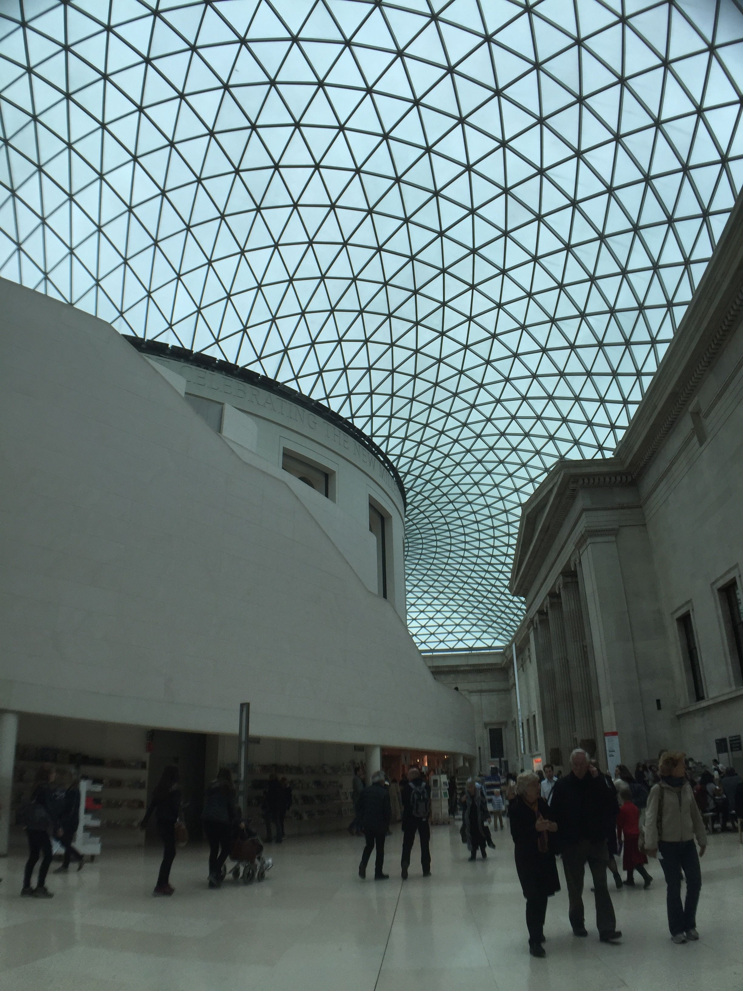 The Great Court Of The British Museum Is Covered By Glass Roof Designed By Buro Happold Creating The Largest Covered Square In Glass Roof Roof Design Roofing