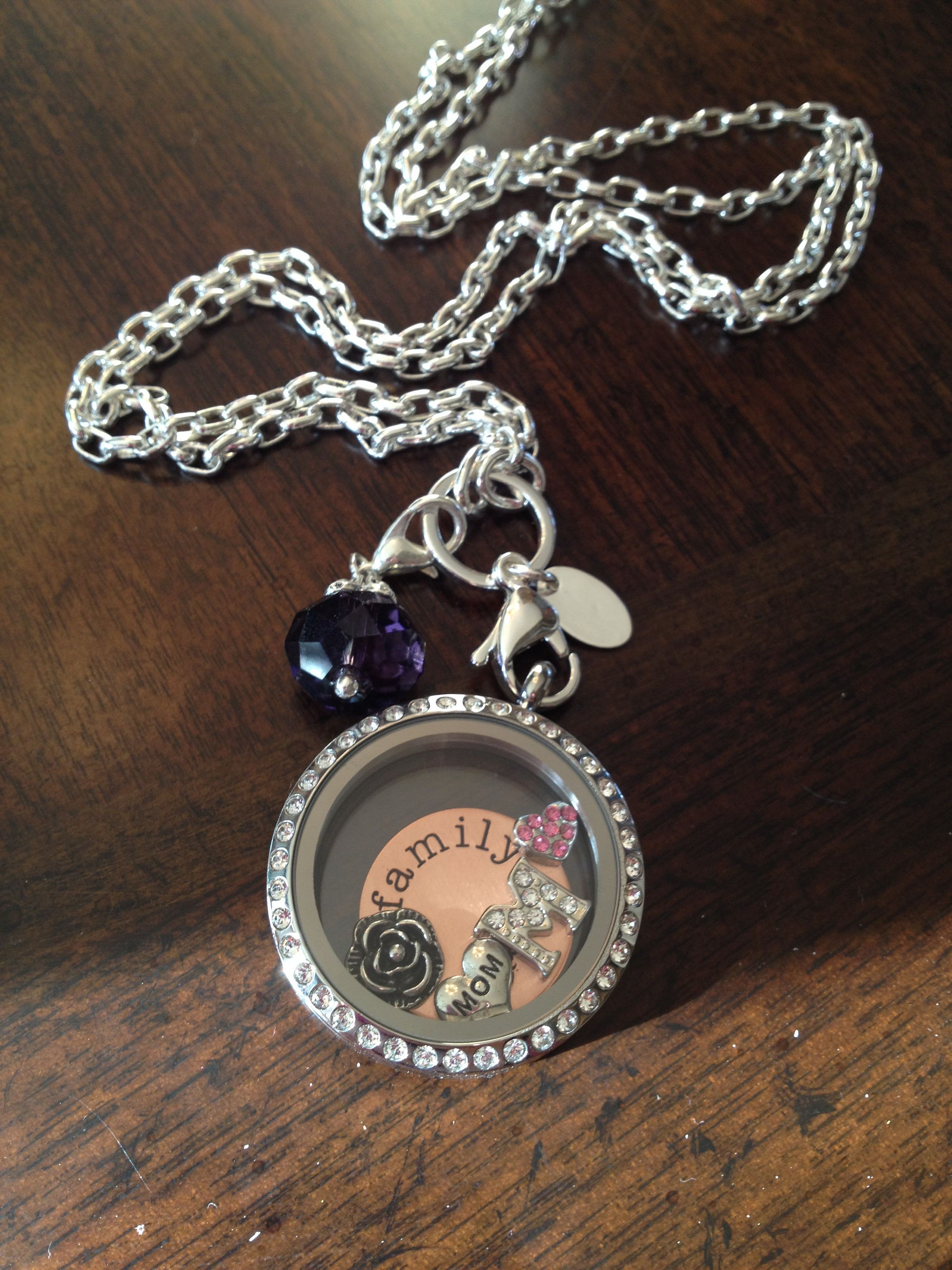 Family locket origami owl great Mother's Day gift www ... - photo#45