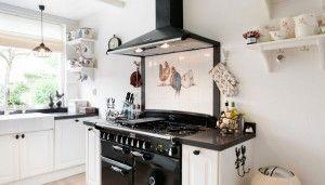 Stoere Landelijk Keuken : Landelijke keuken met vrijstaande stoere falcon oven voorzien van