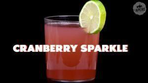 Réveillon du Nouvel An : la recette du cocktail Cranberry Sparkle #réveillondunouvelan Réveillon du Nouvel An : la recette du cocktail Cranberry Sparkle #maquillagenouvelan Réveillon du Nouvel An : la recette du cocktail Cranberry Sparkle #réveillondunouvelan Réveillon du Nouvel An : la recette du cocktail Cranberry Sparkle
