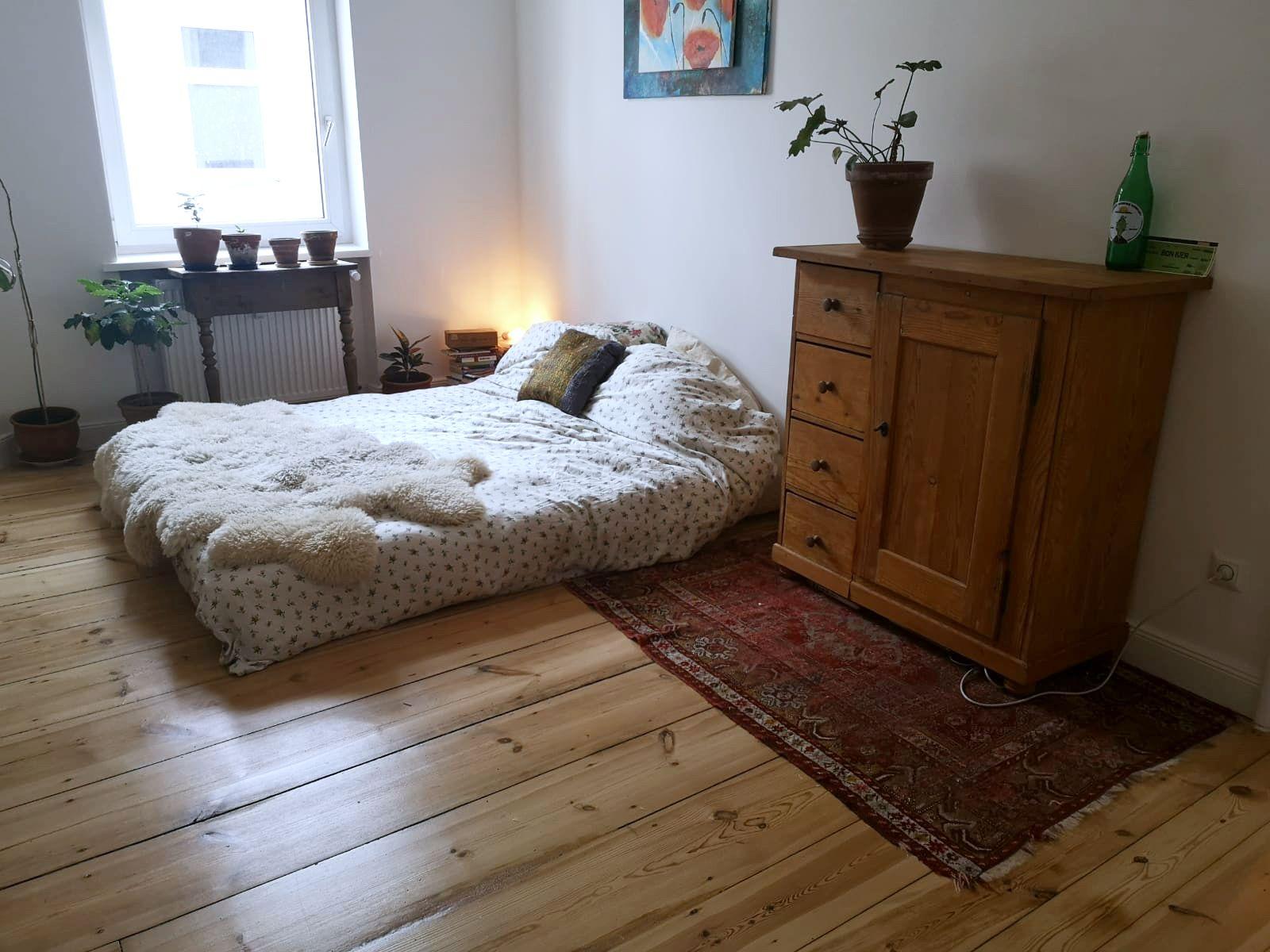Schlichtes Zimmer In Berlin Zimmer Wg Zimmer Wg Gesucht