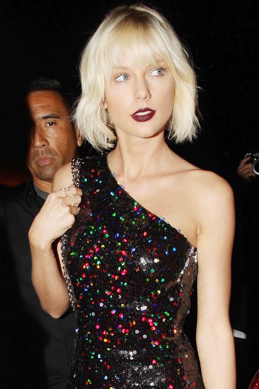 Taylor Swift S Greatest Hair Beauty Moments Taylor Swift Bleached Hair New Hair Colors Bleached Hair