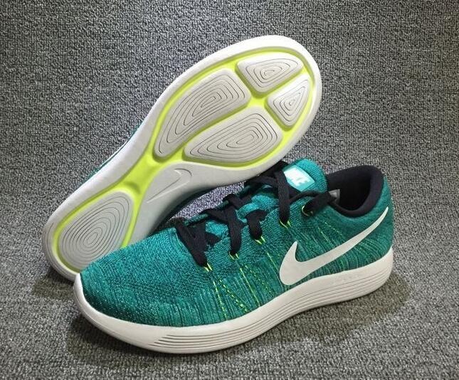 Nike LunarEpic Low Flyknit 843764-301 39-45