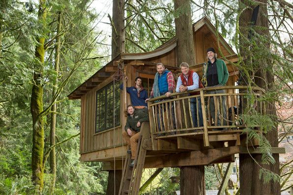 Your Childhood Dream Home The Extreme Treehouses Of Treehouse Masters Treehouse Masters Tree House Tree House Designs