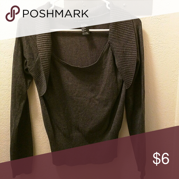 Long sleeve top Gray long sleeve top with shawl type of neckline Rampage Tops Tees - Long Sleeve
