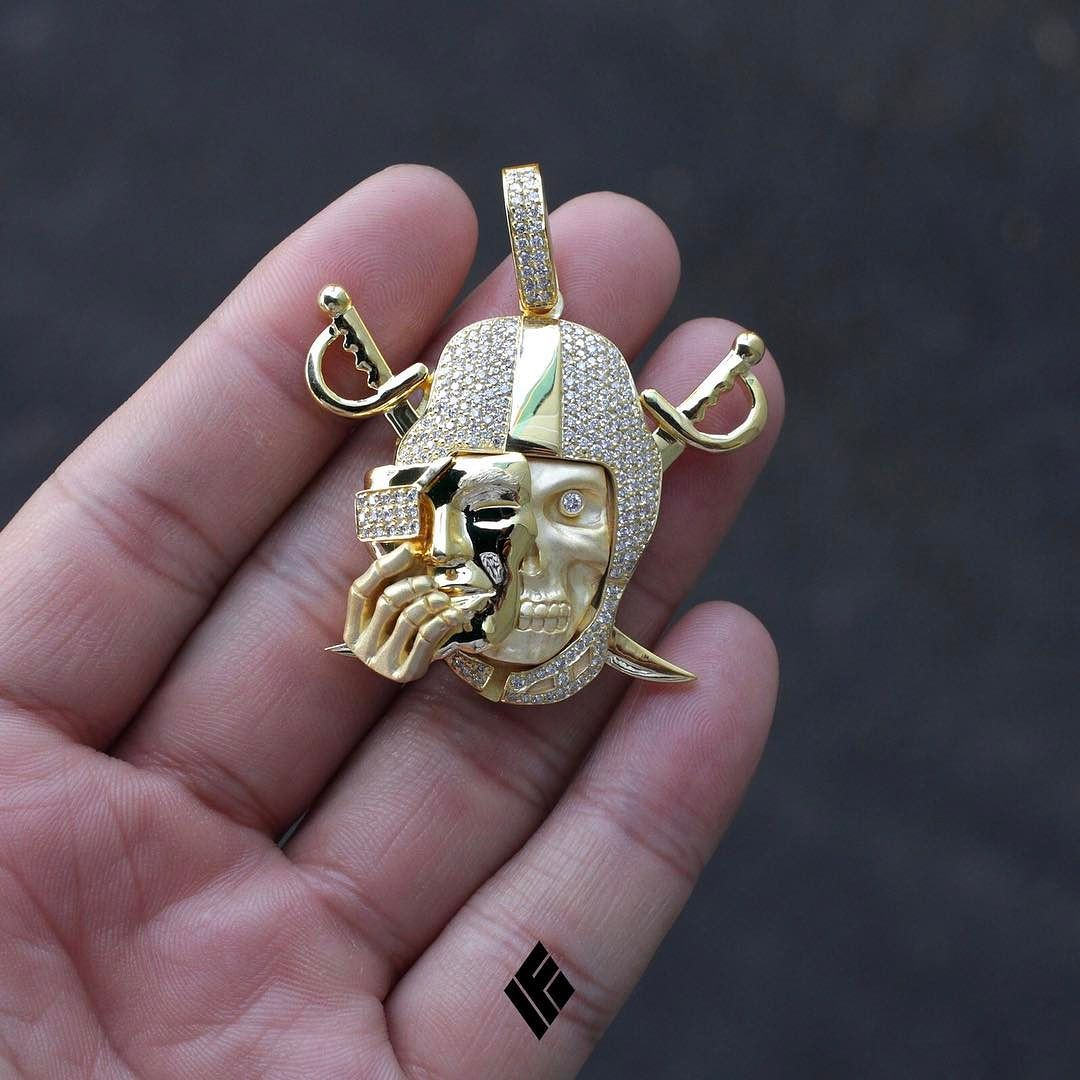 Custom 14k Yellow Gold Raiders Skull Pendant Custom Made To Order For All Inquiries Email Us At I Black Hills Gold Jewelry Chains For Men Gold Chains For Men
