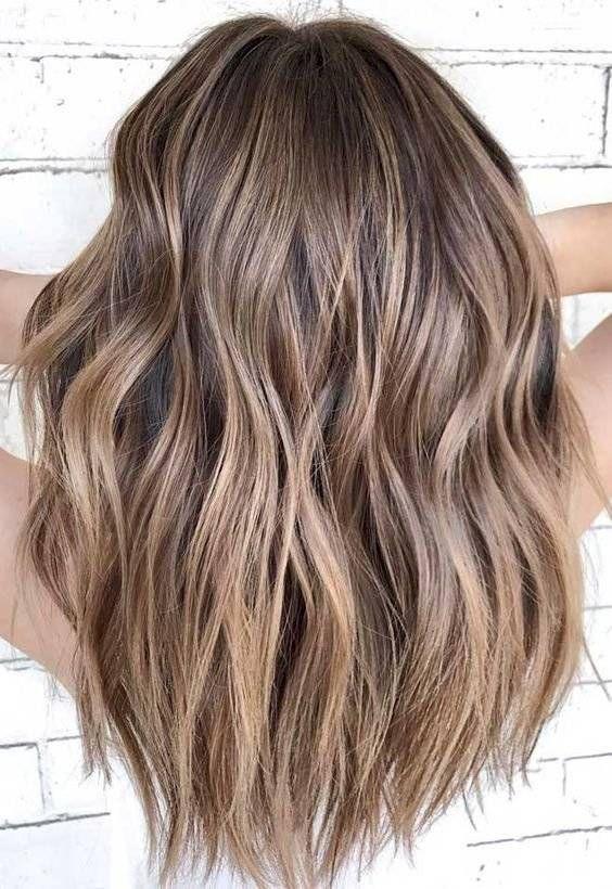 Los colores de cabello para piel apiñonada que serán tendencia en 2020