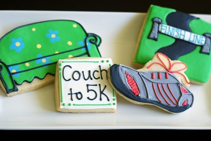 Cute running cookies. May need to make these for @Jessie Lawrence after his first 5K next month! :)