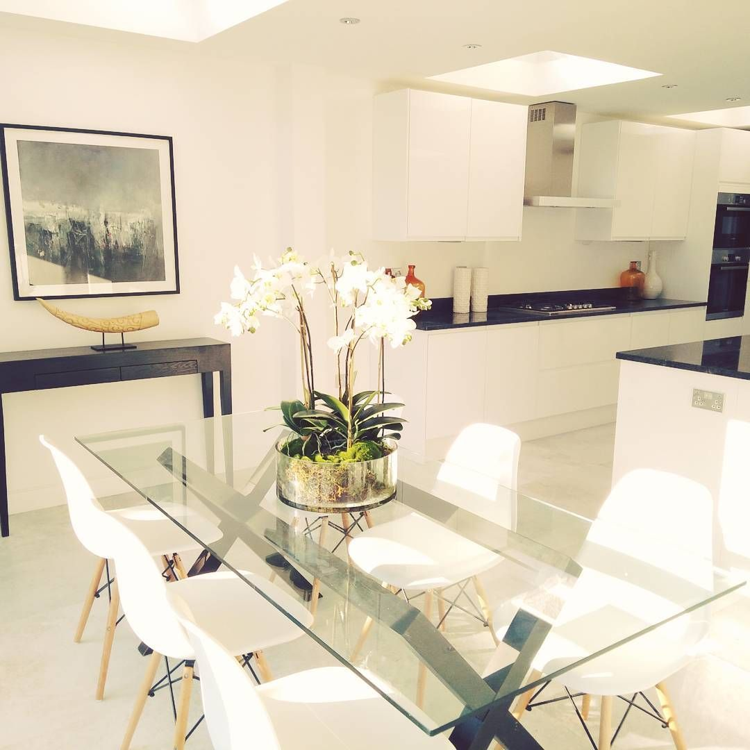 A Beautiful Light And Bright Kitchen In Our Project In Fulham