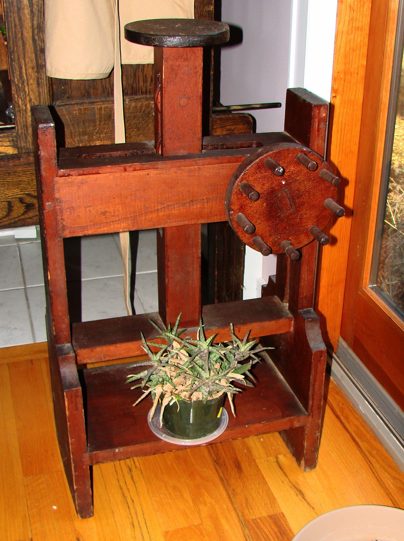 Antique Cheese Press With Images Antique Bucket Vintage Kitchenware Decorative Pieces
