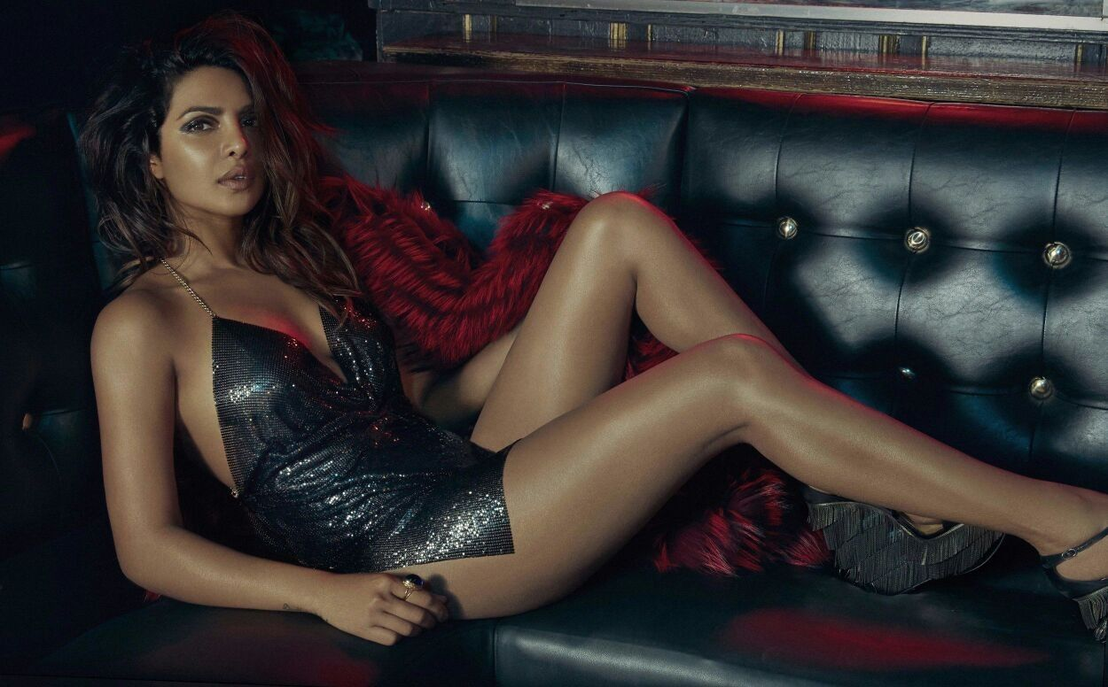 Fucked priyanka chopra by her legs — photo 2