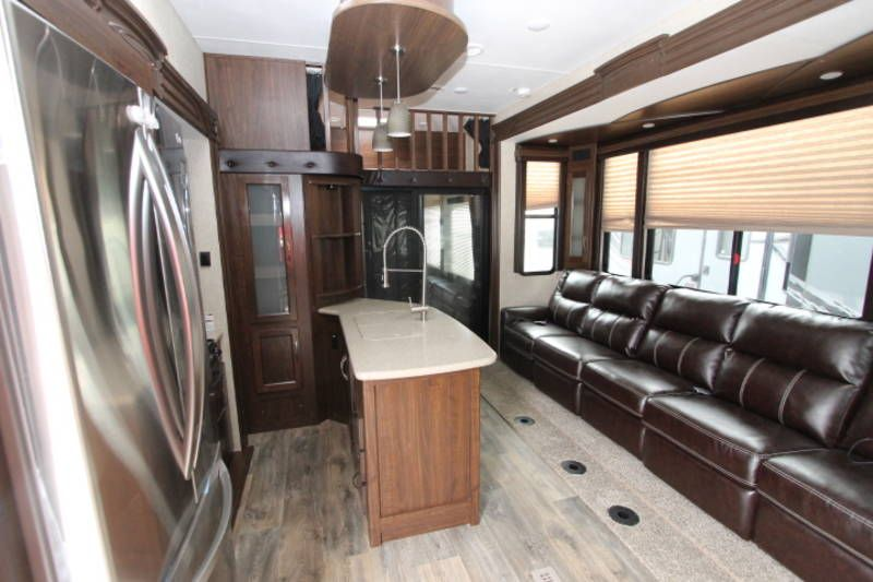2015 heartland big country cyclone 4100 king for sale by. Black Bedroom Furniture Sets. Home Design Ideas