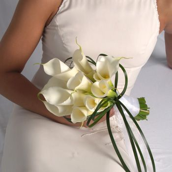 Magnolia And Cala Lily Wedding Flowers Lily Bouquet Wedding