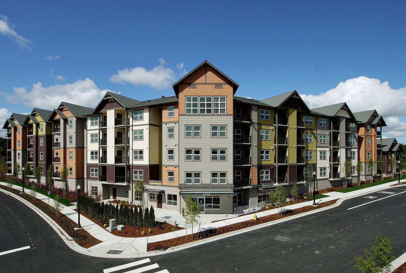 Bay Vista Is Kitsap County S Largest Affordable Housing Complex In Recent Memory Created By Bremerton Affordable Rentals Affordable Housing Apartment Building
