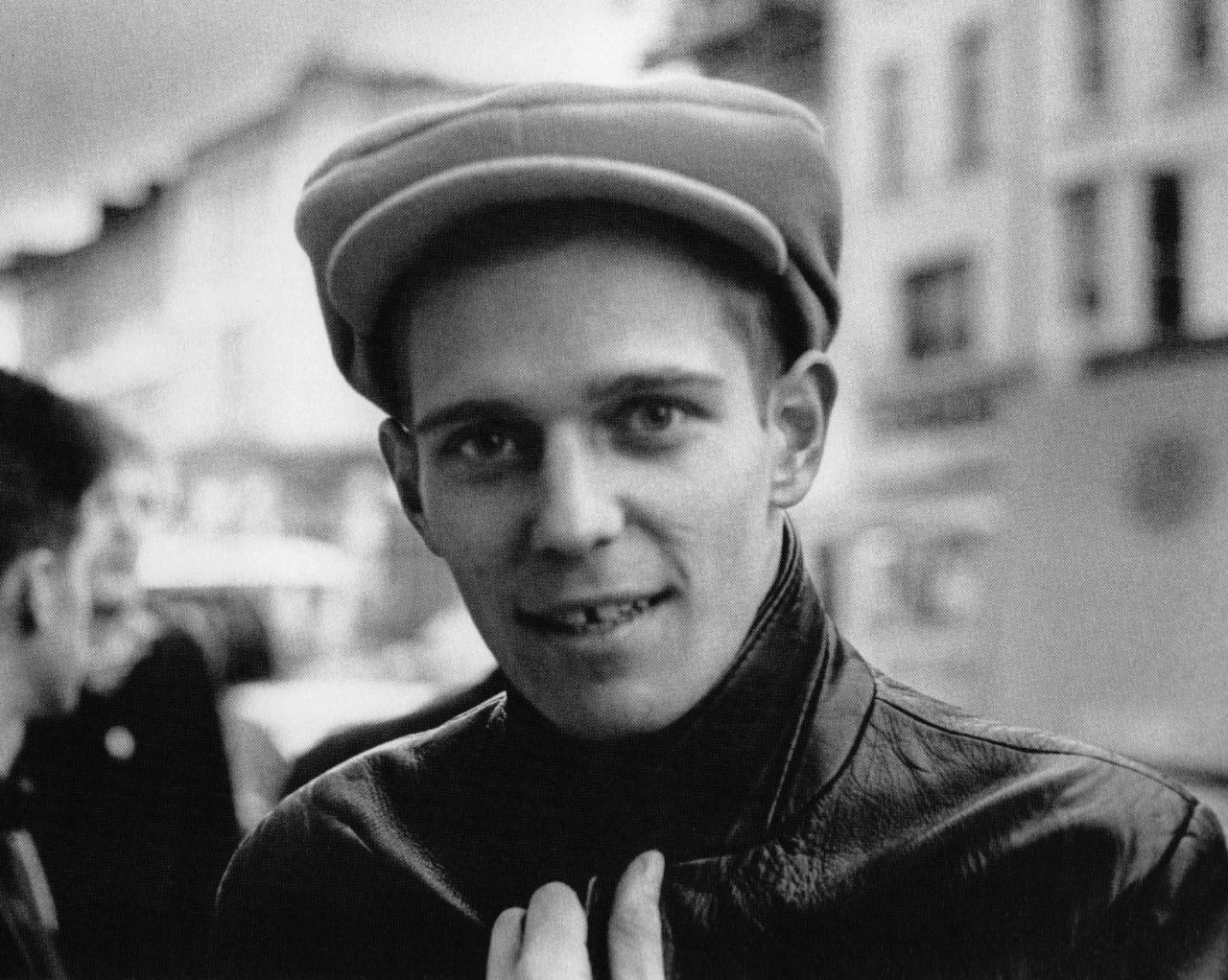 Paul Simonon  - photo by Virginia Turbett, 1983