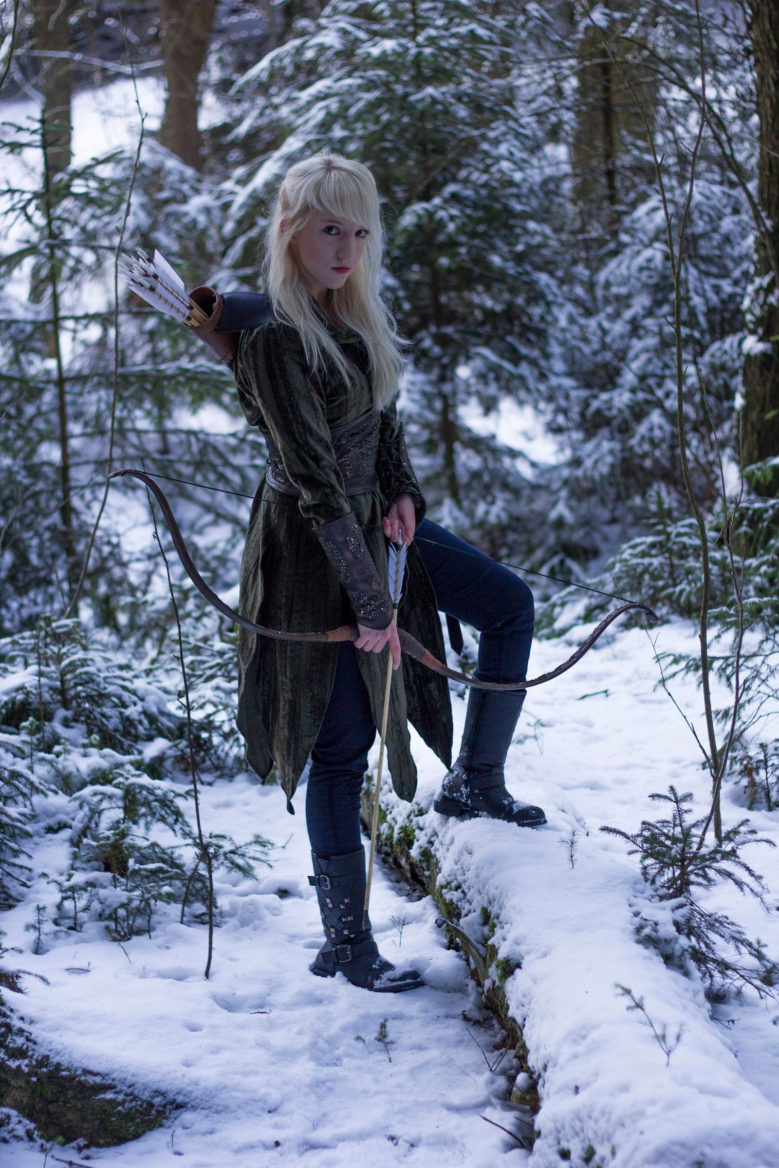 Elves Winter Fashion Game